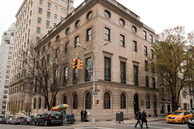 112613-58E68-DM-1.jpg Exterior of 58 East 68th Street, home to the Council on Foreign Relations, NYC. David McGlynn 11/26/13
